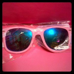 NWT Claire's unicorn 🦄 sunglasses 🕶